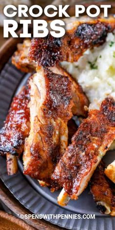 These easy barbecue Crock Pot ribs couldn& be easier thanks to the slow cooker. We love serving them during weeknights! Pork Recipes, Slow Cooker Recipes, Crockpot Recipes, Cooking Recipes, Freezer Recipes, Cooking Tips, Recipies, Crockpot Dishes, Pork Dishes