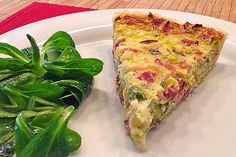 Quiche mit Lauch und Schinken Leek and ham quiche, a very nice recipe from the pig category. Easy Healthy Breakfast, Vegan Breakfast Recipes, Ham Breakfast, Quiche Recipes, Pizza Recipes, Quiches, Ham Quiche, Party Finger Foods, Eat Lunch