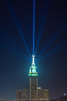 Clock tower at Mecca Saudi Arabia ? Masjid Al Haram, Mekkah, Islamic Wallpaper, Islamic Art Calligraphy, Islam Muslim, Islamic Pictures, Saudi Arabia, Empire State Building, Beautiful Places
