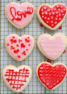Before I show you these adorable cookies, just a heads-up, there's a Valentine's Sale going on in our Shop right now! We're having a quick flash-sale on our bestselling Caramel Boxes. We also have a small availability of single bags in two flavors we didn Best Sugar Cookie Icing, Sugar Cookie Glaze, Fancy Sugar Cookies, Cookie Frosting Recipe, Sugar Cookies Recipe, Royal Icing Cookies, Frosting For Sugar Cookies, Icing Frosting, Baby Cookies