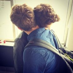 Resultado de imagem para gay couple tumblr