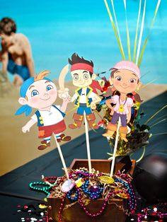 I like this table topper!! Jake and the Neverland Pirates