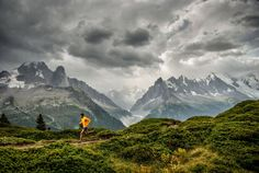 Hal Koerner for North Face - photo by Tim Kemple Adventure Photography, Love Photography, Nfl Season Opener, Best Running Shorts, France Photos, Running Inspiration, Go Outside, Outdoor Life, Trail Running