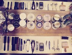 Tutto pronto per cominciare.  #WahlFinale #gentleman #barber #barberlife #barberlove #barberworld #wahl #barbering #followme #nastybarbers #rasoio #baffi #rasatura #moustache #barber #barbiere #style #uomo #manstyle #manstuff #gentlemen #mensgrooming #skincare #lifestyle #barbering #barbershop #beardgang #shave #Padova  Grazie @barber_nate