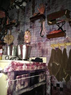 Magalie Sarnataro's props Chop shop bathroom: vinyl and other props , cardboard cutouts Bathroom 2015 Halloween 2015, Halloween Projects, Halloween Party Decor, Holidays Halloween, Halloween Themes, Halloween Lighting, Creepy Carnival, Butcher Shop, Holidays And Events