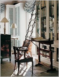 love this library ladder