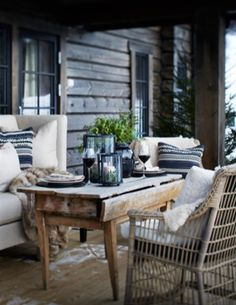 These cosy winter outdoor spaces will bring you lots of inspiration for the upcoming winter. Enjoy your outdoor space no matter what season it is! Outdoor Rooms, Outdoor Dining, Outdoor Furniture Sets, Outdoor Decor, Outdoor Seating, Terrace Roof, Interior And Exterior, Interior Design, Decoration Inspiration