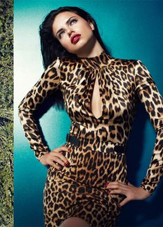 Adriana Lima Blumarine Leopard Print Dress via W. Leopard Fashion, Animal Print Fashion, Fashion Prints, Animal Prints, Leopard Prints, Zebra Print, Irina Shayk, Top Models, Claudia Schiffer