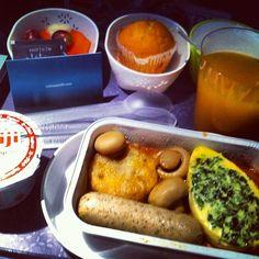 Foodporn post for those who love #airplane food @cathaypacific - @traveldivarita- #webstagram