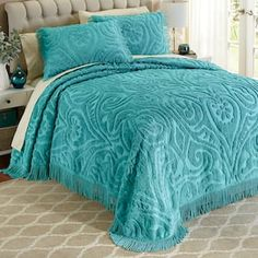 Textured bedding, bed linens—even king-size bedding sets—our bedding collections let you reinvent your bedroom. Buy now, pay later with Country Door Credit! Bedspreads Comforters, Chenille Bedspread, Vintage Bedspread, Country Bedding Sets, Contemporary Bed Linen, Modern Contemporary, Textured Bedding, Queen Size Bedspread, King Size Quilt