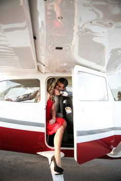 Aviation / James Bond Inspired Engagement Shoot by OANA FOTO as featued on Aisle Perfect Themed Engagement Photos, Engagement Pictures, Engagement Shoots, Airplane Wedding, Aviation Wedding, Wedding Pics, Wedding Shoot, Pilot Wedding, Wedding Ideas