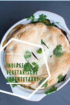 Indiase vegetarische groentetaart, heerlijk vol en kruidig van smaak! Delicious Dinner Recipes, Vegan Recipes Easy, Vegetable Recipes, Indian Food Recipes, Vegetarian Recipes, I Love Food, Good Food, Healthy Diners, Pesco Vegetarian