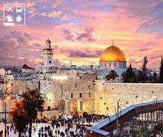 Um destino sagrado para as religiões cristãs: Jerusalém, Israel.   Você deseja conhecer este lugar sagrado? Visite a Clube Turismo mais perto de você e programe já a sua viagem!  http://www.clubeturismo.com.br/site/index.php