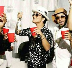 18/05/15 - Party with Bruno Mars x