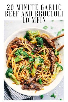 20 Minute Garlic Beef and Broccoli Lo Mein Recipe -&; 20 Minute Garlic Beef and Broccoli Lo Mein Recipe -&; Melica Katarina katarinamelica Asian foods 20 Minute Garlic Beef and […] and broccoli carrots Broccoli Beef, Broccoli Recipes, Broccoli Lemon, Broccoli Cauliflower, Broccoli Stalk, Vegetable Recipes, Beef Dishes, Pasta Dishes, Easy Dinner Recipes
