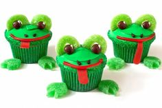 These frog cupcakes make us so... hoppy ; )