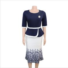Foreverfad printed fake two-piece dress with bright diamond brooch decoration women dress 98103 Size:L,XL,XXL,XXXL Color:Purple,Blue Size Chart is as below Work Dresses For Women, African Dresses For Women, African Fashion Dresses, African Dashiki, Womens Dress Suits, African Print Dresses, Mothers Dresses, Two Piece Dress, Elegant Dresses