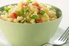 Quick-cooking couscous, green onions and red peppers are cooked in a blend of chicken broth, Dijon mustard and lemon peel for a tempting side dish. Salad Recipes, Diet Recipes, Healthy Recipes, Couscous How To Cook, Cooking Couscous, Vegetable Couscous, Kraft Recipes, Kraft Foods, Healthy Cooking