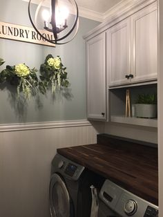 75 Modern Farmhouse Laundry Room Ideas