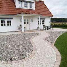 inspiration trädgård entre - Sök på Google Lawn Edging, Garden Edging, Outdoor Paving, Home Focus, Nordic Home, House Front, Front Porch, Yard Landscaping, Garden Inspiration