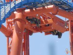 Nuove foto oggi scattate dal nostro amico Mirathebest della novità 2012 di Mirabilandia, DiVertical, il Water Coaster più alto del mondo.    http://www.miraforever.com/2012/04/28/aggiornamento-fotografico-di-divertical-novita-2012-di-mirabilandia/