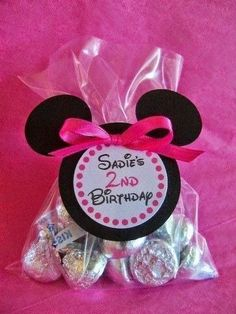 Minnie Mouse rosa ideas y tuitoriales para fiestas Minnie Mouse Rosa, Minnie Mouse Favors, Mickey Mouse Parties, Mickey Party, Mini Mouse Party Favors, Minnie Baby, Disney Parties, Party Favours, Shower Favors