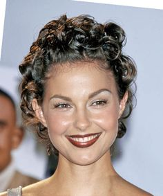 Ashley Judd Hairstyle - Short Curly Formal -