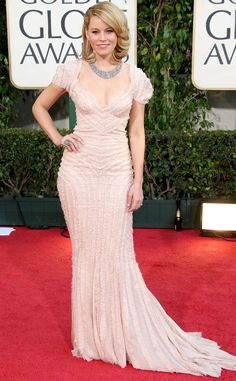 Elizabeth Banks from A Colorful History of Golden Globes Fashion 2009 Golden Globe Award, Golden Globes, Elizabeth Banks, Beige Dresses, Female Actresses, Victoria Secret Fashion, Hollywood Glamour, Star Fashion, Pink Dress