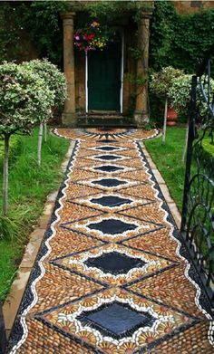 15 Examples Which Materials You'll Need To Create A Charming Pathway In Your Garden