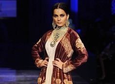 Luxury designer JJ. Valaya concluded Wills India Fashion Week with the tunes of international musicians, belly dancing and different colors of Turkish culture. On this occasion, B-town actress Kangna Ranaut also walks on the ramp as the show stopper.