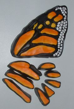 monarch butterfly. Keep scrolling until you come to the tutorial. In French. - CANNE PAPILLON ( LE MONARCH )