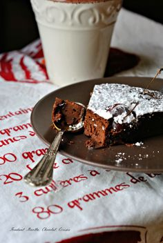 Gâteau ricotta, chocolat et cerises