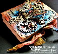 """Create magic"" – mixed media mini art journal cover"