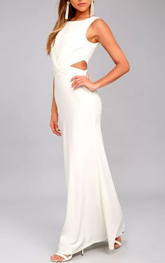 We love the Trista White Cutout Maxi Dress! This sleek and stretchy maxi dress starts with a round neckline and a fitted bodice, while a gathered waist goes into sexy side cut outs. Best Maxi Dresses, White Maxi Dresses, Sexy Dresses, White Dress, Casual Dress Outfits, Casual Shorts, Latest Fashion Dresses, Online Dress Shopping, Amazing Women