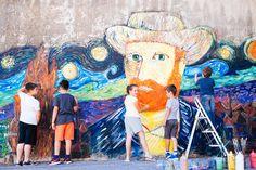 Eva Psarrou: Τα παιδιά ζωγραφίζουν στον τοίχο