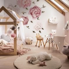 [New] The Best Home Decor (with Pictures) These are the 10 best home decor today. According to home decor experts, the 10 all-time best home decor. Toddler Room Decor, Toddler Rooms, Baby Room Decor, Bedroom Decor, Nursery Room, Girls Flower Bedroom, Girls Bedroom, Kids Bedroom Designs, Baby Room Design
