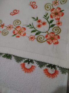 Dress Design Sketches, Decorative Towels, B 13, Needle Lace, Pin Cushions, Diy And Crafts, Embroidery, Sewing, Hand Towels