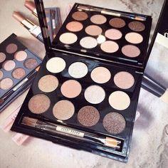 makeup, make up, and eyeshadow image Makeup Box, Kiss Makeup, Love Makeup, Makeup Style, Mac Makeup, Eyeshadow Makeup, Makeup Goals, Makeup Tips, Makeup Products