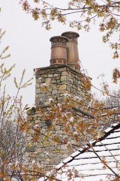 Copper chimney pots  http://www.architecturalheritage.com/Copper-Chimney-Pots_750_prd.htm