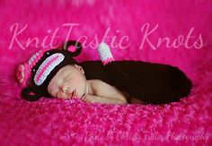 10 FREE Newborn Photo Prop Set Crochet Patterns   The Steady Hand I didn't check out the links but this is so cute