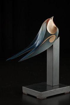 Size: 8 x 6 x 3 inches incl base. Bird Sculpture, Animal Sculptures, Abstract Sculpture, Cerámica Ideas, 3d Cnc, Maori Art, Wood Bird, Wooden Animals, Indigenous Art