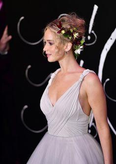 L'intense moment de solitude de Jennifer Lawrence devant les passagers d'un avion - Madame Figaro