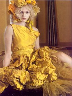 Paolo Roversi for Vogue India October 2007.