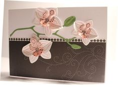 Like the thin lace between the 2 halves of the background Flower Cards, Paper Flowers, Stampin Up Catalog 2017, Blooming Orchid, Marianne Design Cards, Pop Up Box Cards, Embossed Cards, Beautiful Handmade Cards, Card Sketches