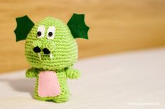 dragón Sant Jordi verde drac amigurumi lana crochet ganchillo