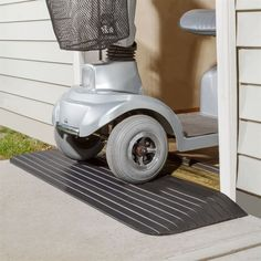 Rubber Threshold Ramp by Silver Spring | Wheelchair Ramps                                                                                                                                                                                 Mehr