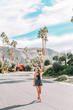 The most Instagrammable places in Palm Springs, California. The best spots to take pictures and photoshoot locations for your Instagram posts. Including windmills, hotels, pools, and more inspiration.
