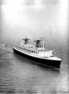 s/s FRANCE arrivée inaugurale au Havre - 23 novembre 1961