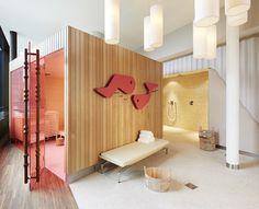 Hotel Zürich West | salmon pink translucent doors | pop of colour