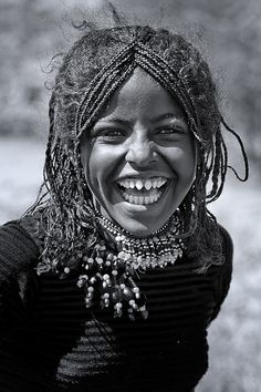 Afar Tribe Girl With Sharpened Teeth, , Danakil, Ethiopia